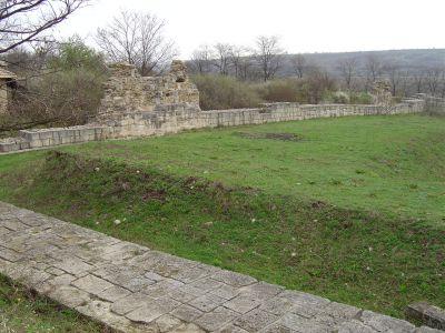 Вътрешна крепостна стена при Чупката - АМ Велики Преслав