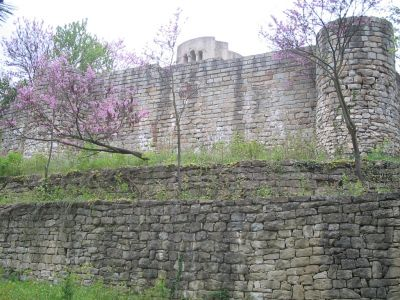 Кръгла църква - подпорна стена - АМ Велики Преслав