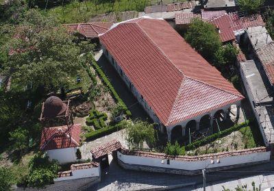 """Храм """"Св.Св. Петър и Павел"""". Храмът е построен през 1808 г. със специален берат.  - АМ Велики Преслав"""